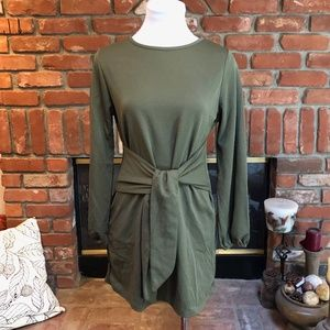 Green Casual Front Tie Long Puff Sleeve Dress sz S